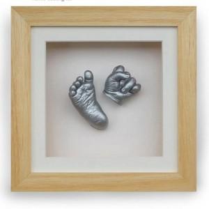 تندیس دست و پای نوزاد